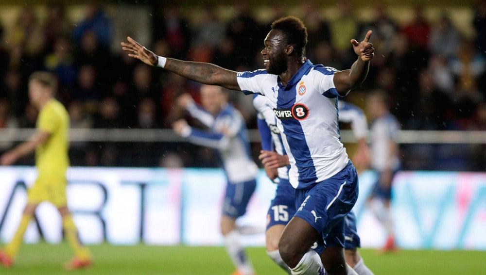Caicedo celebra su gol ante el Villarreal