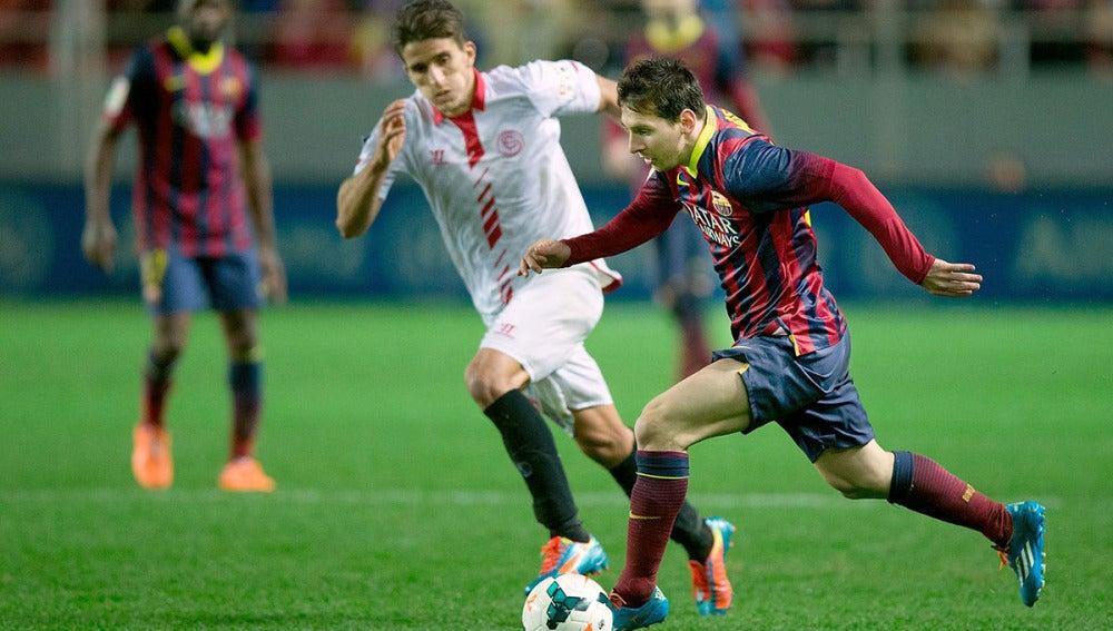 Leo Messi, en acción en el Sánchez Pizjuán