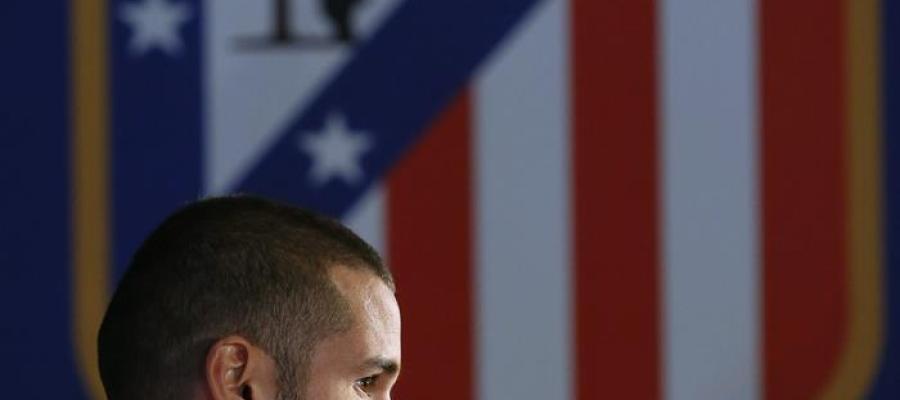 El jugador del Atlético de Madrid Mario Suárez en rueda de prensa