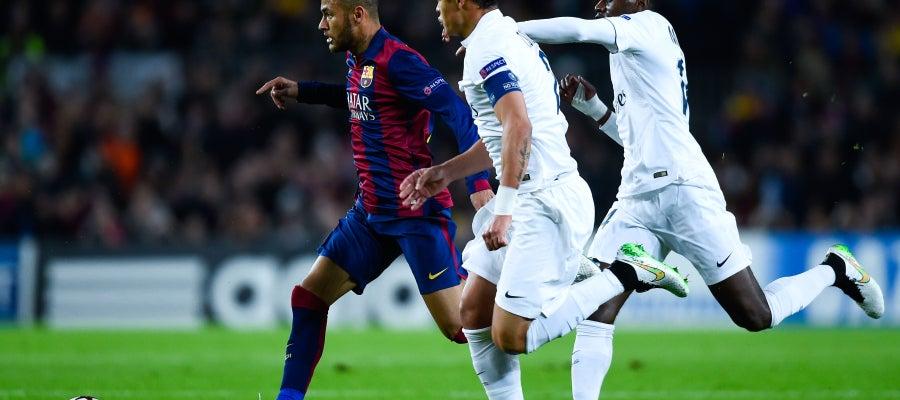 Neymar y Thiago Motta en París