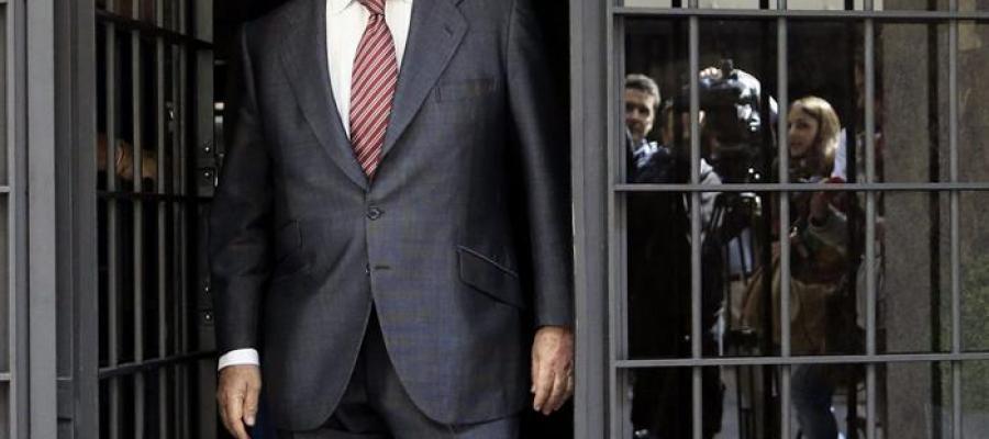 Rodrigo Rato sale de su domicilio
