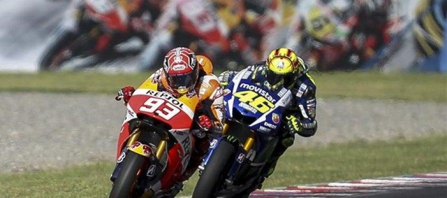 Márquez y Rossi durante el GP de Argentina