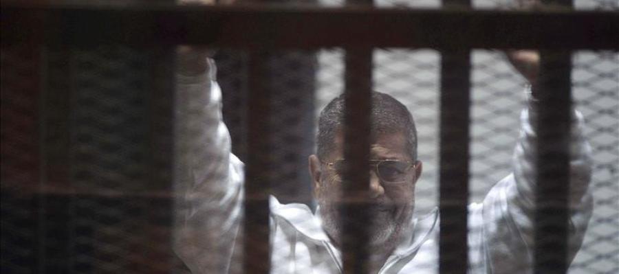 El depuesto presidente egipcio Mohamed Mursi