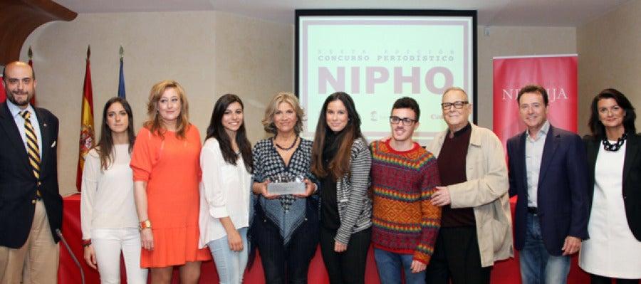 Julia Otero recibe el premio Nipho