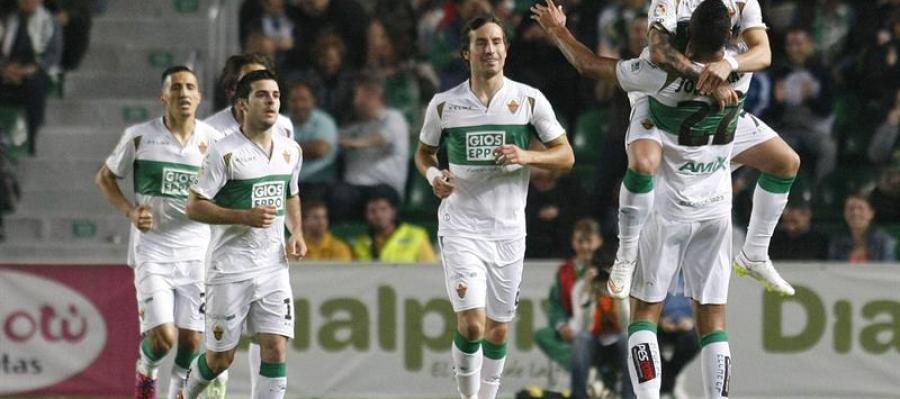 El Elche logra la victoria por 4-0 ante el Deportivo