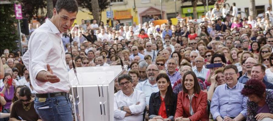 Pedro Sánchez, secretario general del PSOE, en un mitin.
