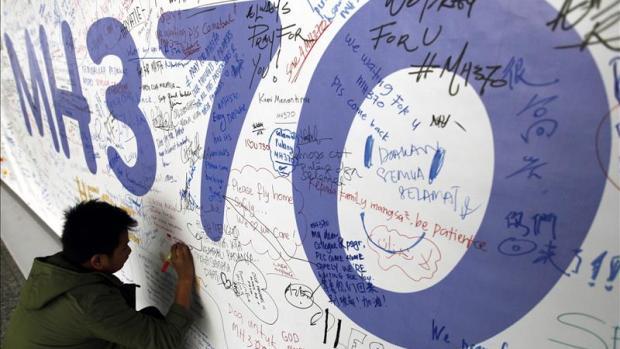 Tertulia Zona Cero: MH370, el enigma del avión desaparecido