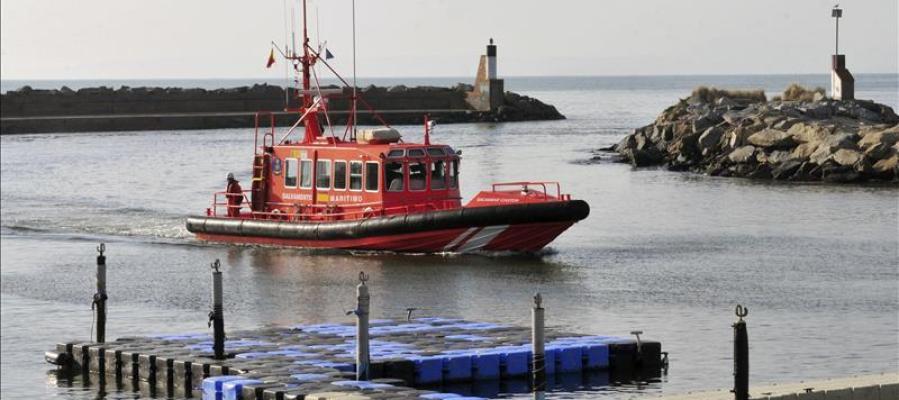 En la imagen, una embarcación de Salvamento Marítimo en Girona