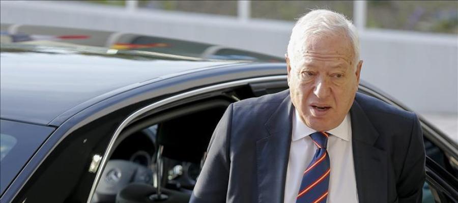 Margallo, a su llegada a la reunión