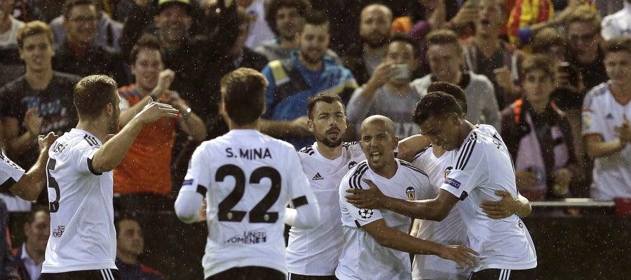 Feghouli celebra su gol ante el Gante