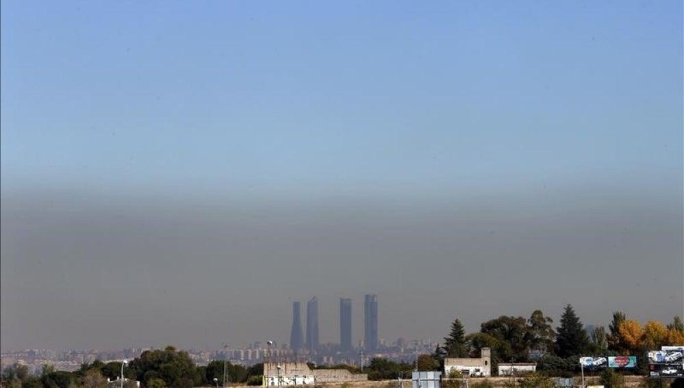 Vista de Madrid con el cielo oscurecido por la contaminación