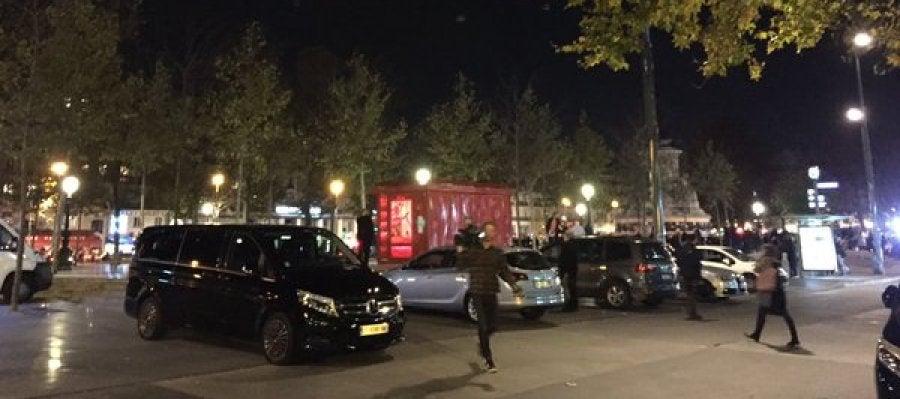 Estampida en la Plaza de la República de París