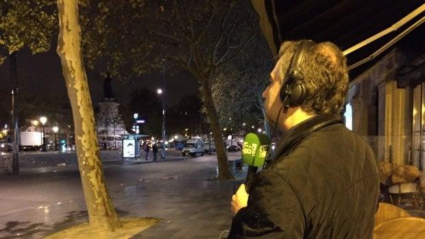 Carlos Alsina desde la plaza de la República de París.