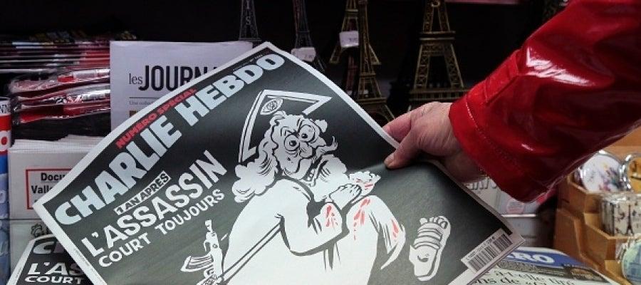 La portada de Charlie Hebdo que ha causado polémica en un quiosco