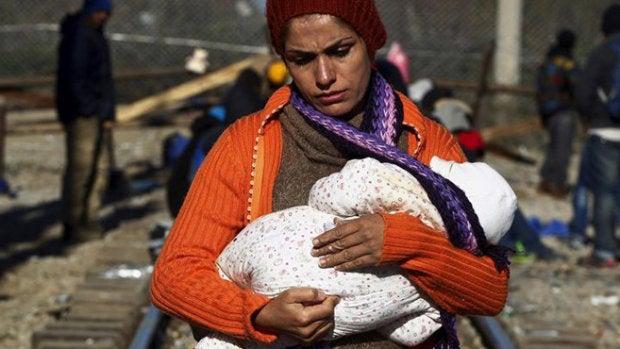 """Alejandra: """"Es igual de difícil convivir con las bombas que llegar a un país y sentirte sola"""""""