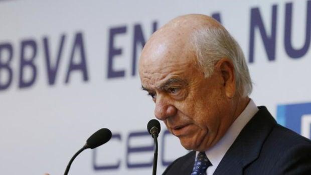 La Fiscalía anticorrupción pide la imputación del expresidente del BBVA Francisco González en el caso Villarejo