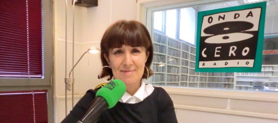 Dirige y presenta 'Noticias de Cantabria' y 'Aquí en la Onda Cantabria'