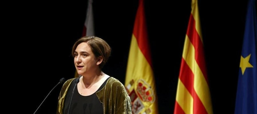 La alcaldesa de Barcelona, Ada Colau, durante su discurso en la cena de bienvenida a los asistentes al Mobile World Congress