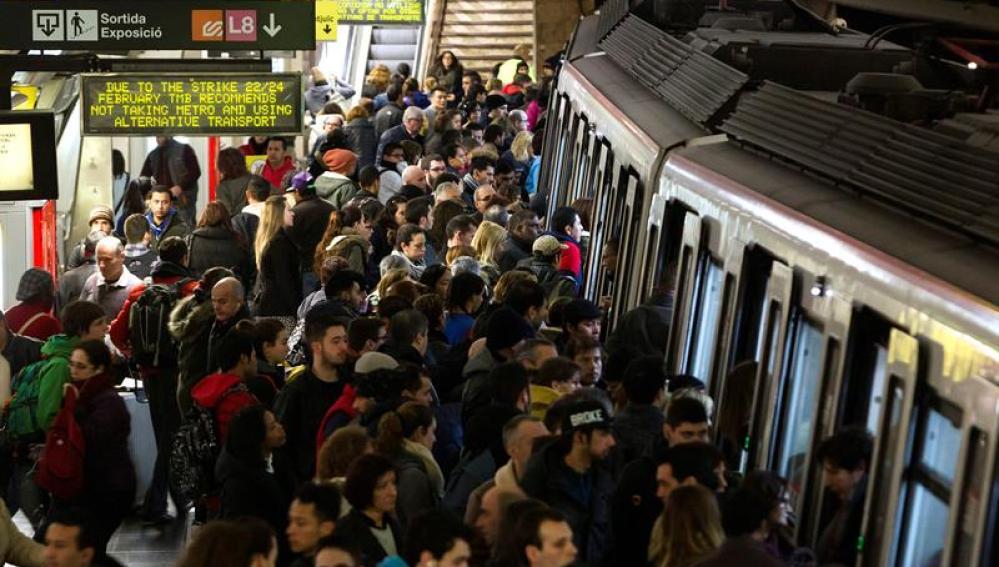 Usuarios del Metro de Barcelona