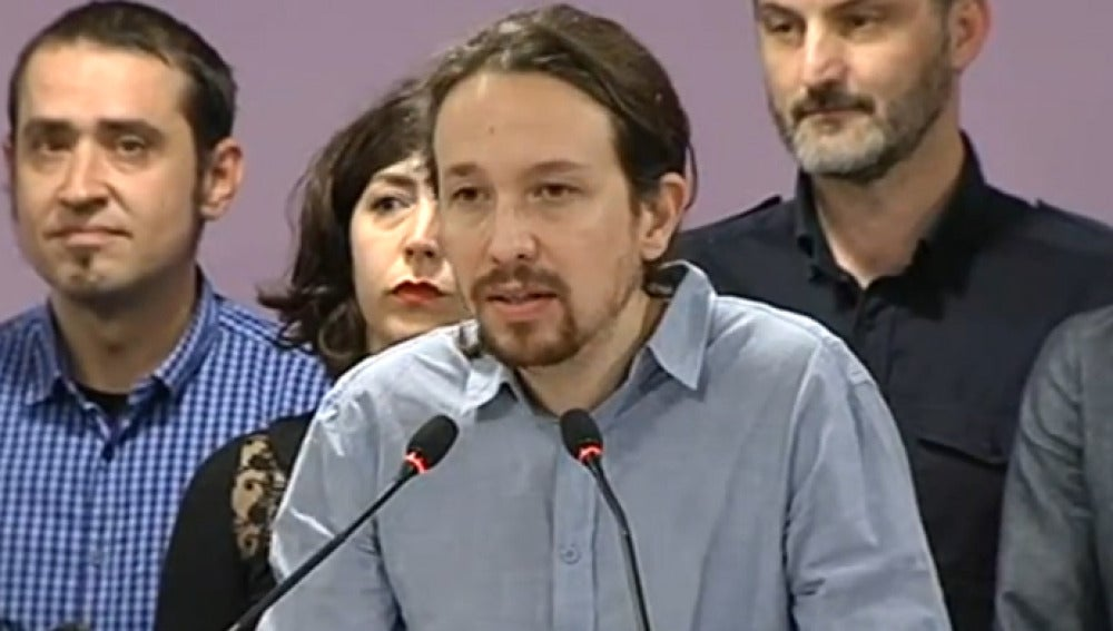 Pablo Iglesias comparece tras la reunión con sus varones territoriales
