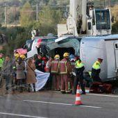 Fallecen 14 estudiantes tras ver las fallas en un accidente en la AP-7 en Tarragona