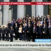 Frame 10.026667 de: Minuto de silencio en el Congreso de los Diputados por las víctimas del atentado de Bruselas