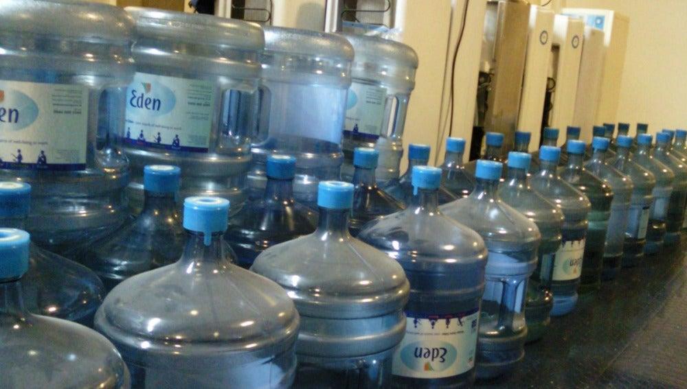 Bidones de agua