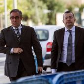 Diego Torres (i) y su abogado Manuel González Peeters