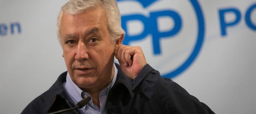 El vicesecretario de Autonomías y Auntamientos de PP, Javier Arenas durante su intervención