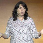 Carmen Simón en una conferencia