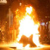 Algunos manifestantes en el barrio de Gràcia.