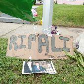 Los vecinos de Louisville rinden homenaje a Muhammad Ali