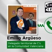 Conversación del delegado territorial de Ciudadanos, Emilio Argüeso con Alberto Aguilar.
