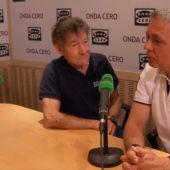 El alpinista Carlos Soria durante una entrevista con Juan Ramón Lucas en Más de uno