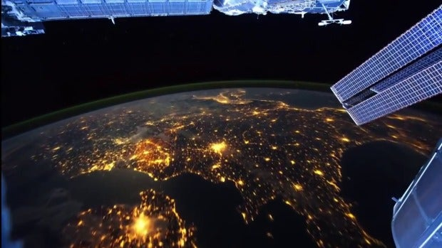 J' Adore: ¿Podremos viajar al espacio cada vez que queramos en un futuro?
