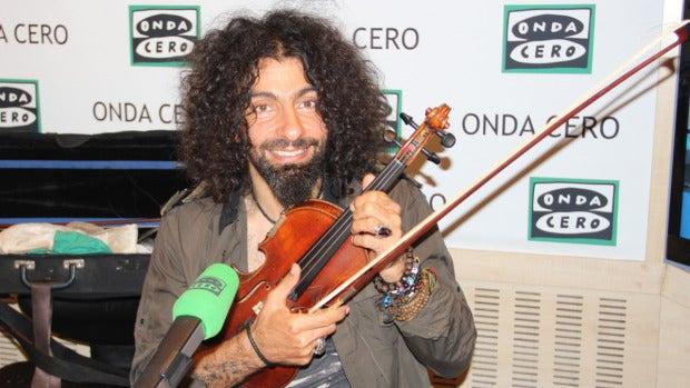 """Ara Malikian:  """"Como artista es mi deber utilizar la música para ayudar a los que más lo necesitan"""""""