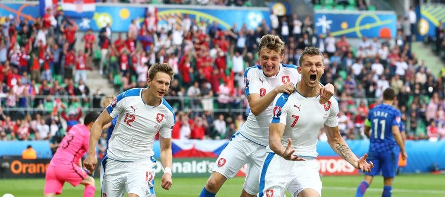 Necid celebra el empate definitivo ante Croacia
