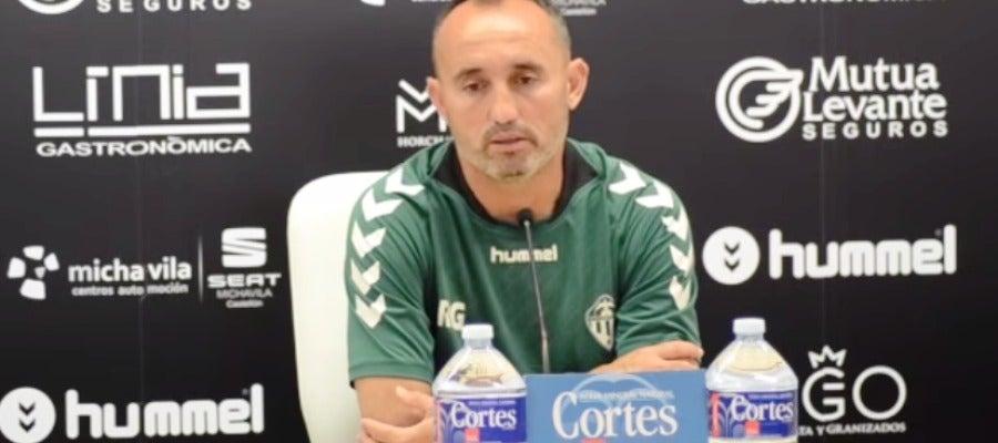 El entrenador del Castellón, Kiko Ramírez, convencido de que el domingo se va a ascender