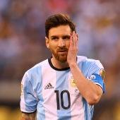 Messi lamenta una ocasión con Argentina