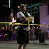 Un agente de Policía, tras el tiroteo de Dallas