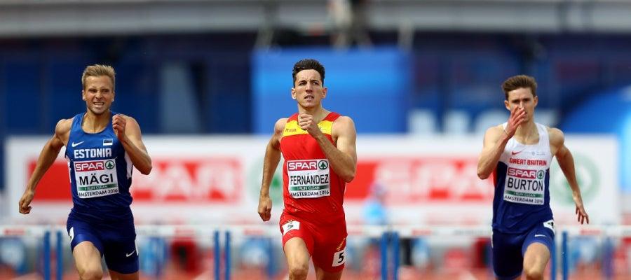 Sergio Fernández, en los 400 metros valla