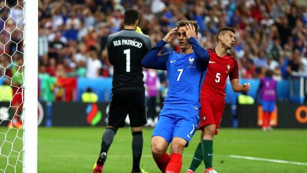Griezmann se lleva las manos a la cabeza tras una ocasión de gol