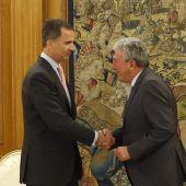El Rey Felipe VI junto a Pedro Quevedo.