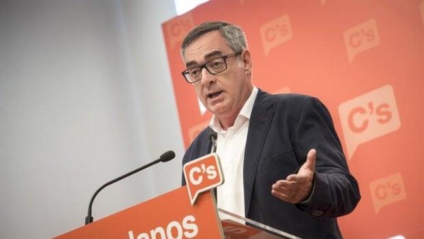 """José Manuel Villegas: """"Con la abstención intentamos conjugar nuestro compromiso con los votantes"""""""