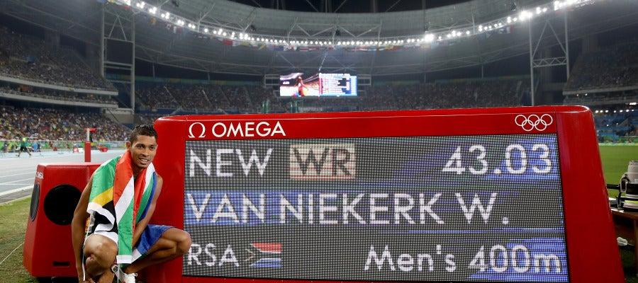 Van Niekerk, nuevo récord del mundo de los 400