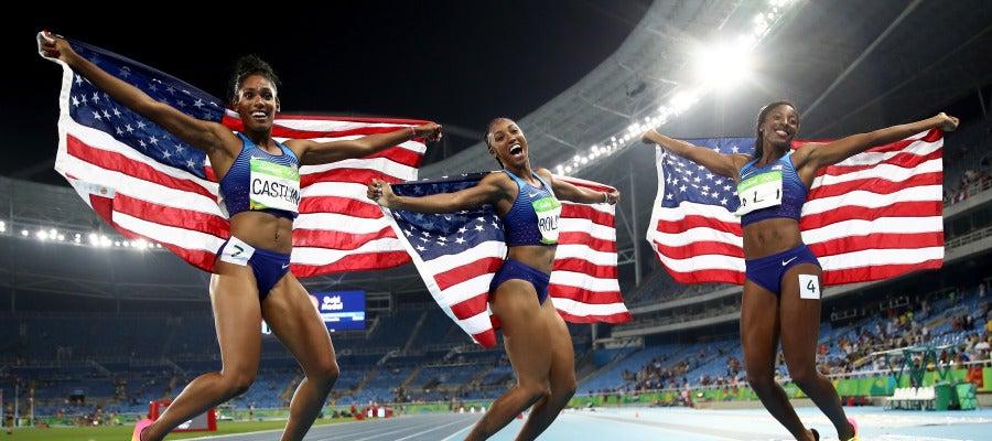 Triplete en 100 vallas del equipo femenino de Estados Unidos