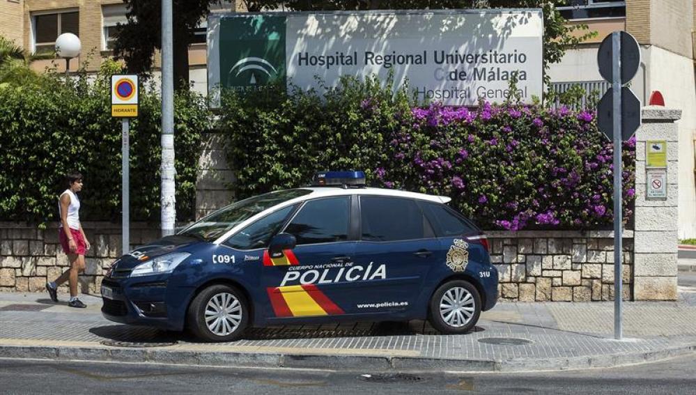 Un coche de la policia nacional