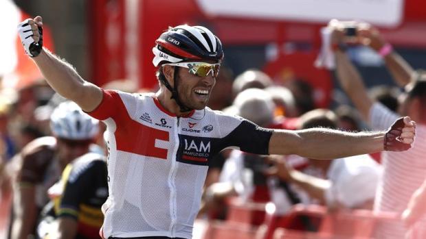Van Genechten, ciclista del IAM