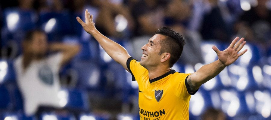 Charles celebra su gol con el Málaga