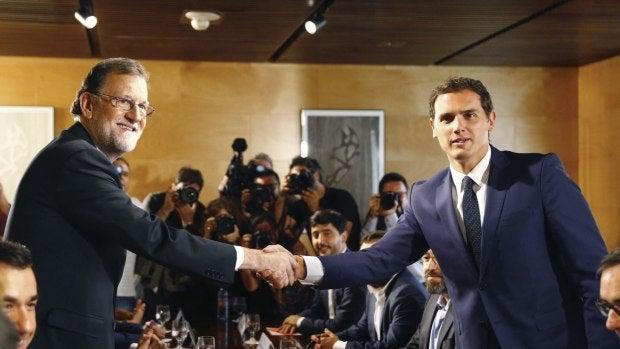 El Gabinete: Mariano Rajoy llega a la primera sesión de investidura con el apoyo de Ciudadanos